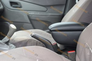 Подлокотник Chevrolet Cobalt / Ravon R4