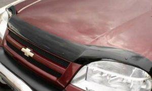 Дефлектор капота (мухобойка) Chevrolet Niva