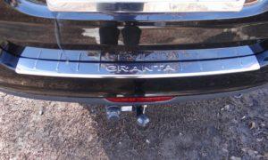 Накладка на задний бампер Lada Granta