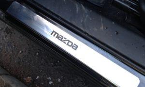 Накладки на пороги Mazda 3 BL (2009-2013)