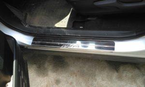 Накладки на пороги Toyota Rav4 CA40