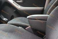 Подлокотник Toyota Yaris