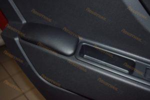Подлокотники на двери для Lada Xray