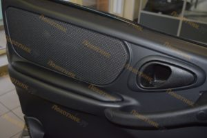 Дверные подлокотник для Chevrolet Niva